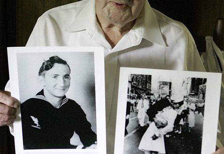 Según informaron sus familiares, el marino Glenn Edward McDuffie falleció en Dallas el 9 de marzo a la edad de 86 años. (Agencias)