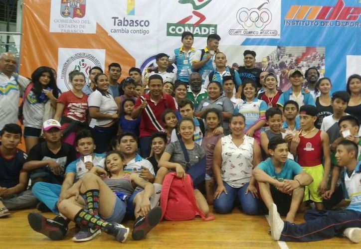 Este tipo de competencias sirven de preparación para el equipo estatal, que buscará su lugar en la Olimpiada Nacional y Campeonato Nacional Juvenil. (Miguel Maldonado/SIPSE)