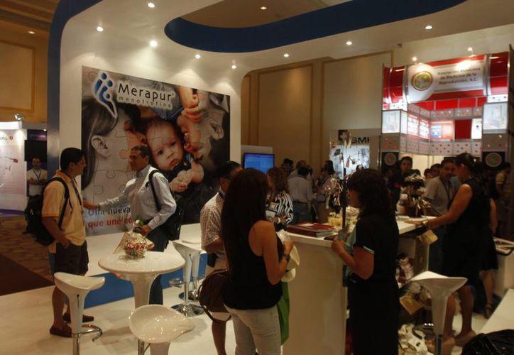 Actividades del Congreso Mexicano de Medicina de la Reproducción Asistida. (Israel Leal/SIPSE)