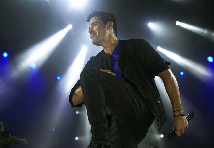 El cantante puertorriqueño Chayanne deleitó a sus fans de Cancún el jueves pasado. (José Luis Soto/SIPSE)