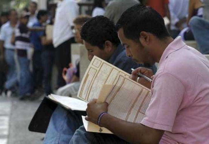 En el noveno mes del año 22 por ciento de los desocupados no contaba con estudios completos de secundaria. (ntrzacatecas.com)