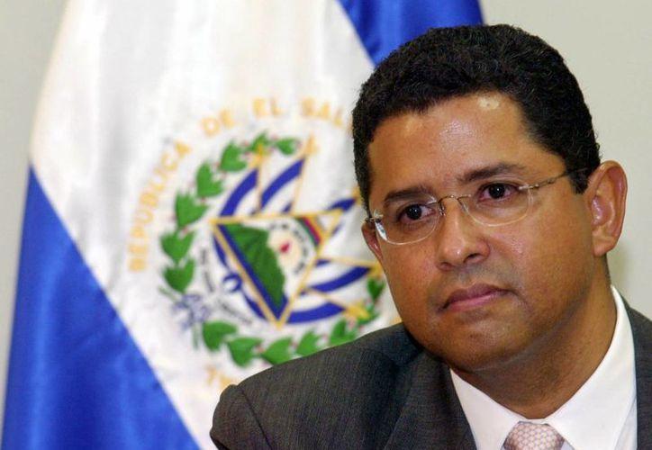 Foto de archivo del expresidente salvadoreño Francisco Flores en la Casa Presidencial en San Salvador. (Agencias)