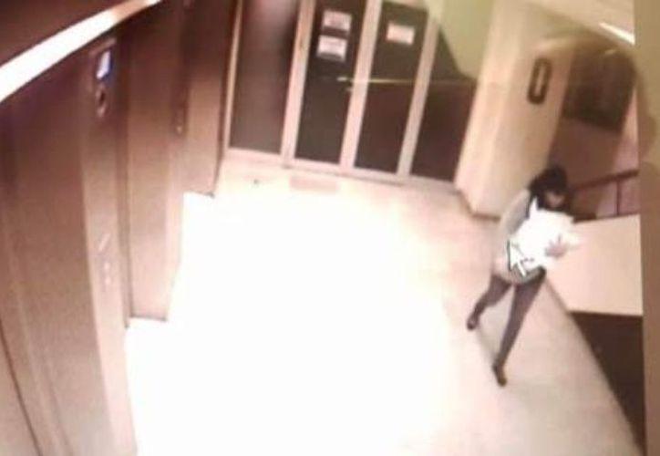 La mujer que rapto a la recién nacida dijo que era pediatra y que tenía que llevárselo para realizarle unas pruebas médicas.  (Foto: Internet)