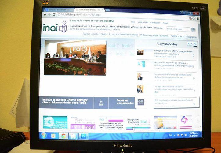 La información sobre las empresas debería estar sistematizada y en la web. (Victoria González/SIPSE)