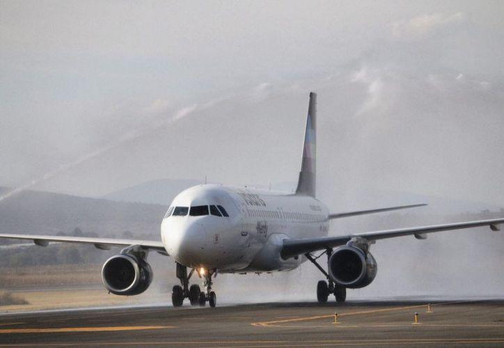 En un vuelo de Volaris de Morelia a Mexicali fue detectada una niña de 14 años contactada por presuntos tratantes de personas. (Foto: Provincia)