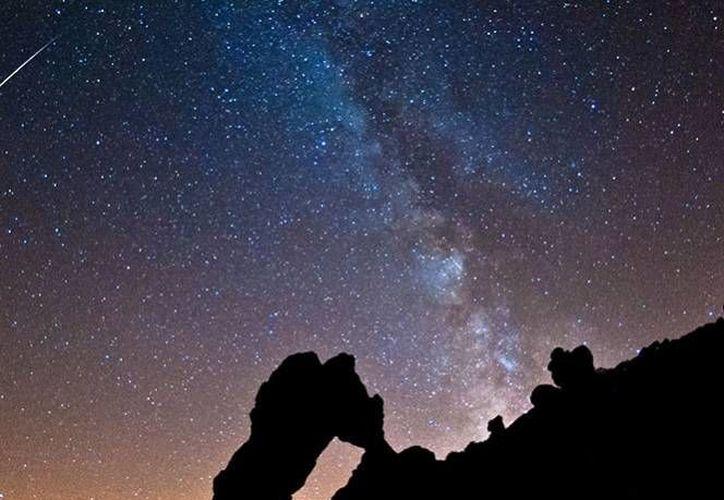 Las Perseidas derivan de la constelación de Perseo, explica el matemático Eddie Salazar Gamboa.
