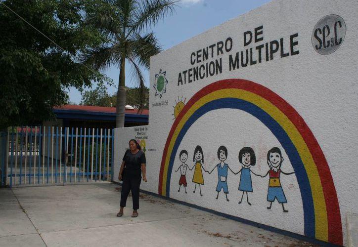 Las áreas beneficiadas serán las que se especializan en mejora del lenguaje, terapia física, artística. (Tomás Álvarez/SIPSE)