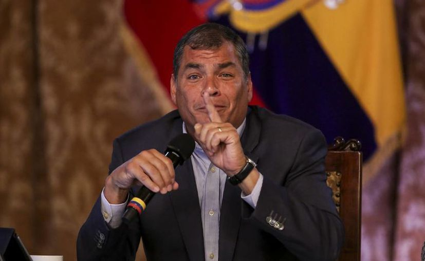 El presidente Rafael Correa ha ganado varias denuncias por difamación a periodistas, pero en la mayoría de los casos se ha negado a cobrar las indeminzaciones. (EFE)