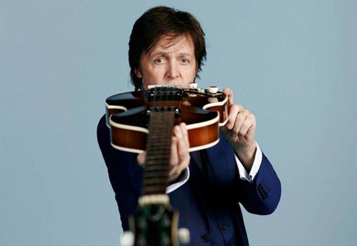 """El próximo sábado Paul McCartney iniciará su gira """"Out There"""" en Uruguay, después irá a Chile, Perú, Ecuador y Costa Rica; así como Japón y EU. (Facebook/Paul McCartney)"""
