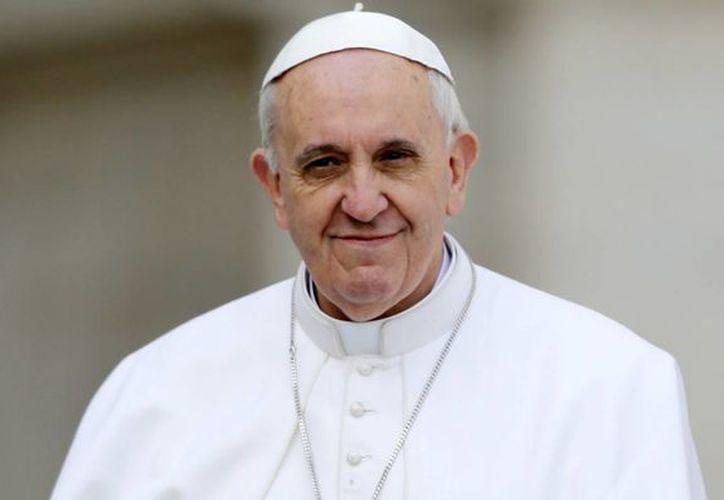 """""""Sólo en el Señor está nuestra segura confianza. Otras confianzas no sirven, no nos salvan, no nos dan la vida, no nos dan la alegría"""", señaló en italiano el Papa Francisco. (Agencias)"""