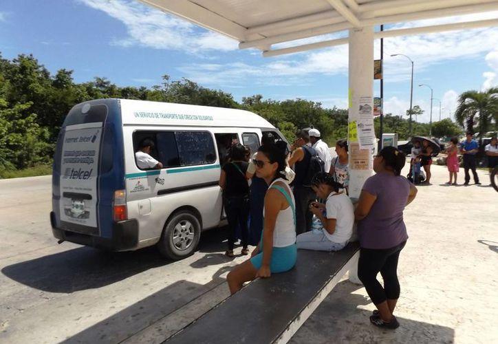 En la zona donde se concentrarán los autobuses de transporte urbano, se colocarán paraderos e islas para el ascenso y descenso de pasajeros.  (Daniel Pacheco/SIPSE)