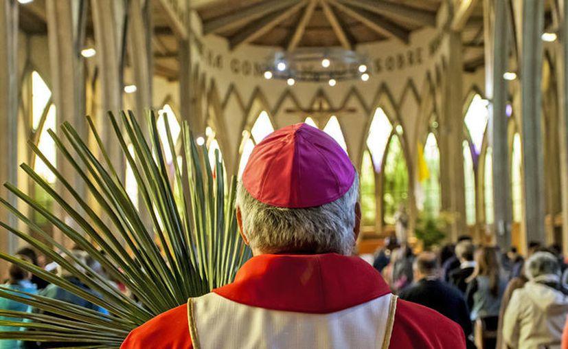 Una investigación ventiló que hay más de mil menores de edad que fueron víctimas de 300 sacerdotes, bajo la complicidad del Vaticano. (globallookpress.com)