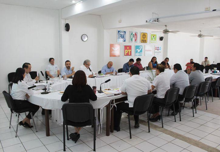 El Instituto Electoral de Quintana Roo sesionó la mañana de ayer, donde atendió diversos puntos. (Joel Zamora/SIPSE)