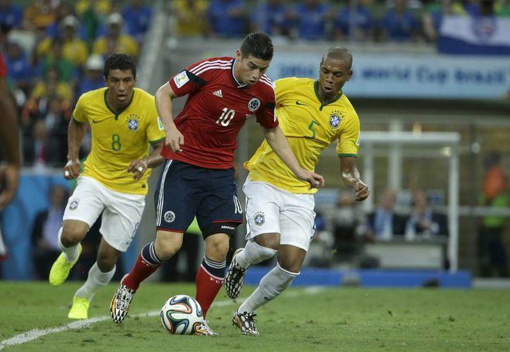 Ante la ausencia de Falcao, Rodríguez se 'echó la selección al hombro' en el pasado mundial. (Foto: Archivo/AP)