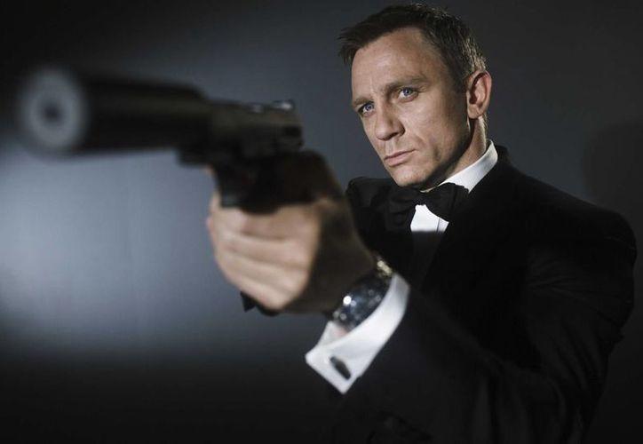 La película número 24 de James Bond, Spectre tendrá su estreno mundial el 26 de octubre en Londres, Inglaterra. En la foto, el agente 007, interpretado por Daniel Craig. (Notimex)