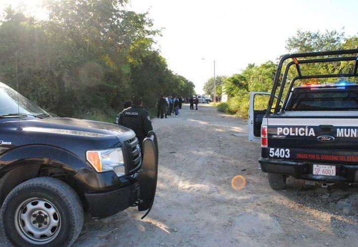 El cuerpo fue hallado el pasado martes, frente al fraccionamiento Cuna Maya. (Redacción/SIPSE)