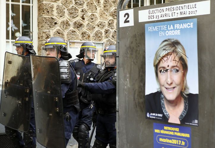 ''La lucha contra Le Pen se debe dar en las calles y no en las urnas''. (La Jornada)