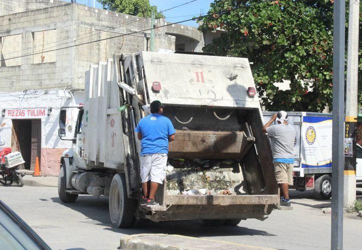 Diariamente ingresan entre 80 y 90 toneladas de residuos sólidos al relleno sanitario de Tulum. (Sara Cauich/SIPSE)