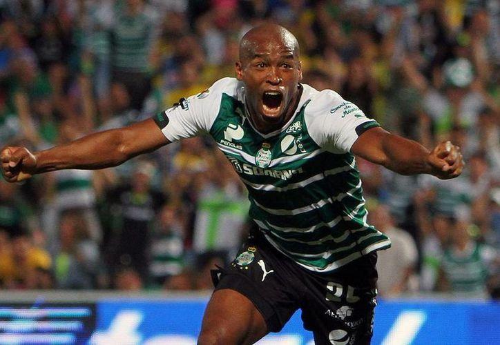 Ribayr Rodríguez celebra uno de los goles que le dieron el triunfo a Santos Laguna frente al América. (Jammedia)