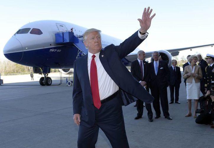 Trump dijo que la prensa es enemiga de los estadounidenses y no de él. (AP/Susan Walsh)