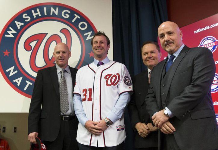 Max Scherzer firmó el contrato más lucrativo en la historia de Grandes Ligas para un pitcher derecho. (Foto: AP)