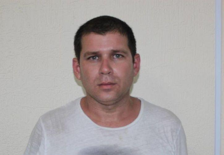 El prófugo se identificaba con tres nombres: Onel Ernesto del Sol Valdez, Markel Santana Mursuli y/o Alberto Meza Rodríguez. (Redacción/SIPSE)