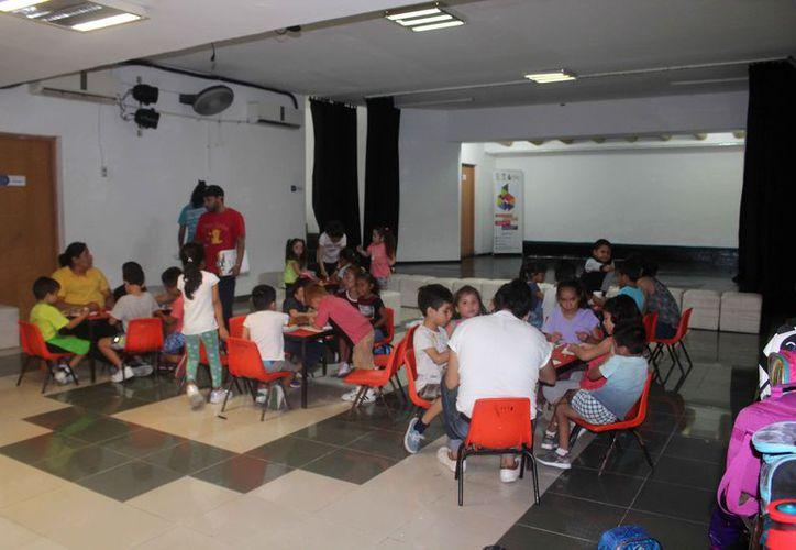 En el curso se inscribieron casi 70 menores de edad. (Faride Cetina/SIPSE)