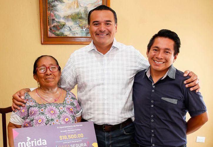 Apoyan a ciudadanos cumplidos. (Novedades Yucatán)