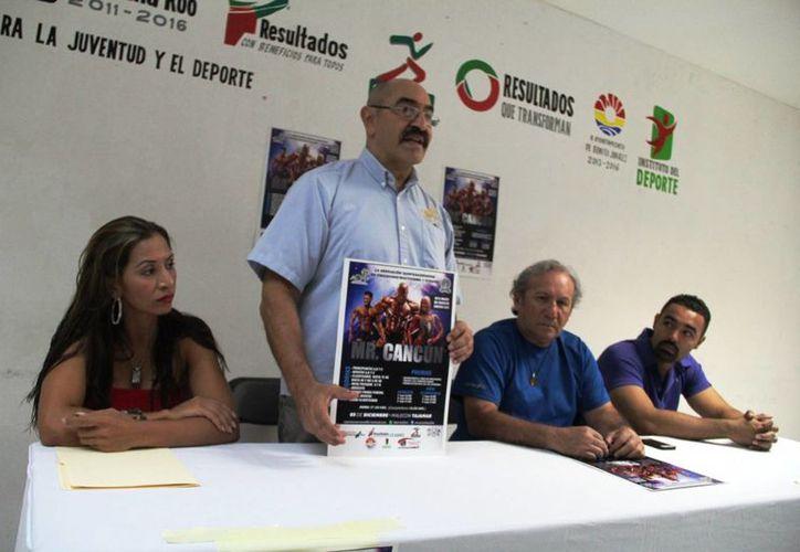 Los detalles de los eventos fueron dados a conocer en conferencia de prensa. (Raúl Caballero/SIPSE)