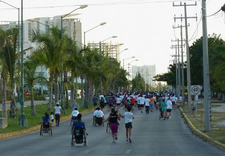 Buscan impulsar más la actividad física con la carrera. (Redacción/SIPSE)