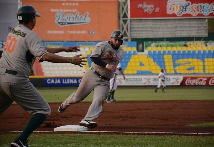 En juego de 12 entradas, los Broncos de Reynosa dominaron a los Leones de Yucatán que fueron víctimas de sus errores en el diamante. (Facebook: Leones)