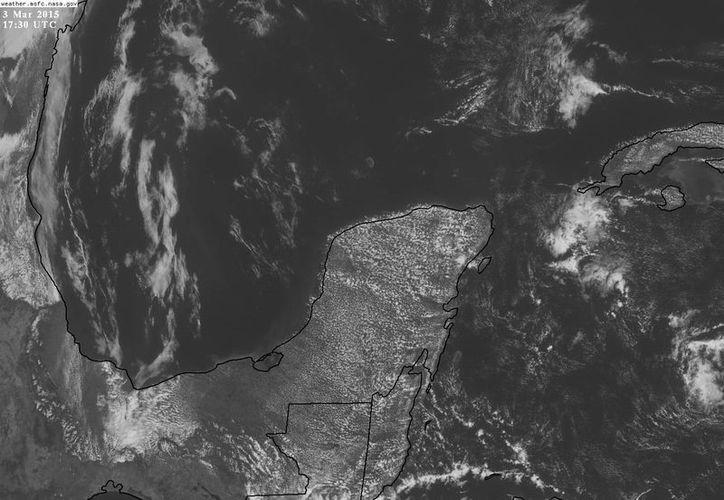 Un sistema anticiclónico domina la Península desde hace varios días, lo que se traduce en calor y ausencia de lluvias. (Conagua)