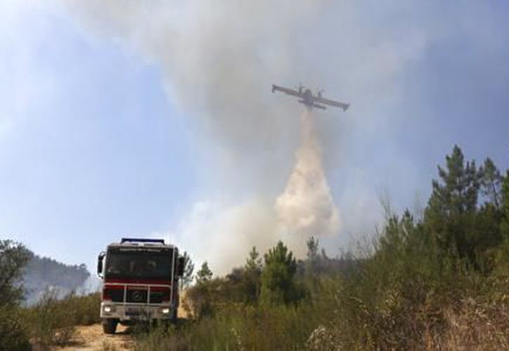 El país podría enfrentarse a muchas más semanas de incendios antes del final del verano. (El Financiero)