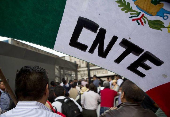 El movimiento magisterial convocó a las 16:00 horas a una nueva movilización que partirá de las inmediaciones de Los Pinos hacia la Secretaría de Gobernación. (Archivo/Agencias)