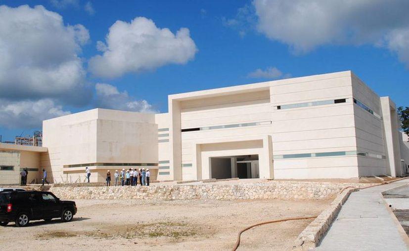 Con esta obra se creará un anillo de atención para los pacientes de Lázaro Cárdenas, Cancún e Isla Mujeres. (Redacción/SIPSE)