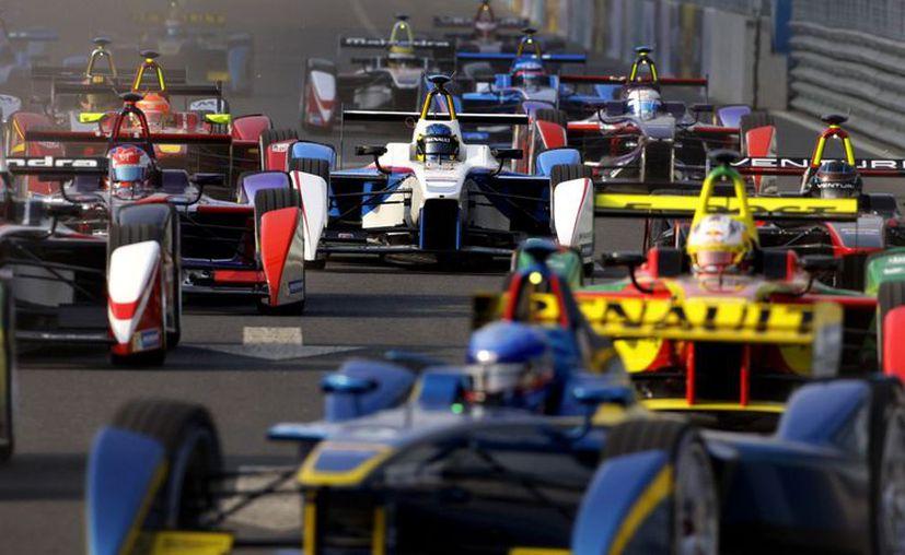 La Fórmula E está en el cierre de temporada. Desde su creación, se concibió para chocar lo menos posible con la máxima categoría, la F1. (Contexto/Internet).