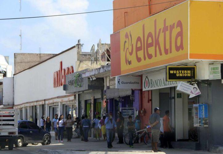 El reglamento ubicará los negocios en el Centro Histórico de Chetumal. (Harold Alcocer/SIPSE)