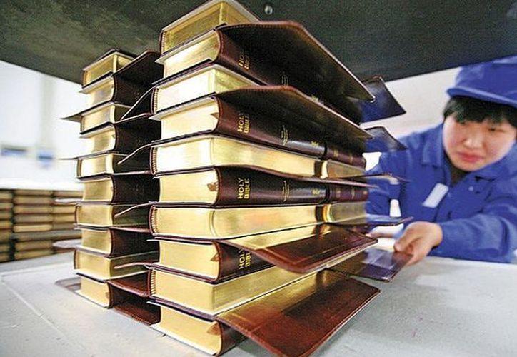 La Biblia no se puede comprar fácilmente en China, sin la intervención del gobierno. (Internet)