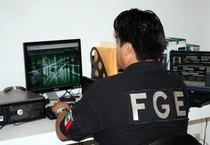 La Policía Cibernética de la FGE, así como la Unidad de Monitoreo e Inteligencia Policial y la Policía de Investigación de la SSP, han comenzado su trabajo de rastreo del origen de los mensajes. (Archivo/SIPSE)