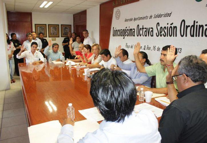 Cabildo cuando el reglamento del Comité Municipal contra la Trata de Personas. (Adrián Barreto/SIPSE)