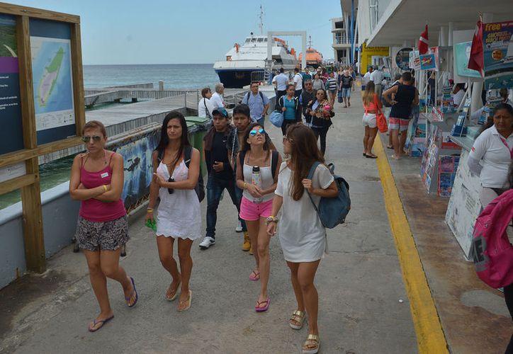 El turista ofrece recomendaciones basadas en su experiencia, por lo que tiene mayor credibilidad. (Jesús Tijerina/SIPSE)