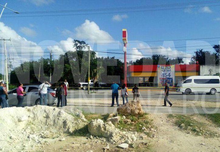 Un tramo de la avenida Huayacán fue cerrado. (Eric Galindo/SIPSE)