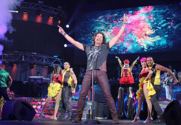 Carlos Vives fue premiado con dos Grammy latinos por el gran éxito de la canción 'La bicicleta', la cual interpreta junto a Shakira.(Univision)