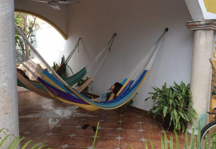 Los hostales ofrecen dormitorios compartidos de seis, 10 y 12 personas. (Teresa Pérez/SIPSE)