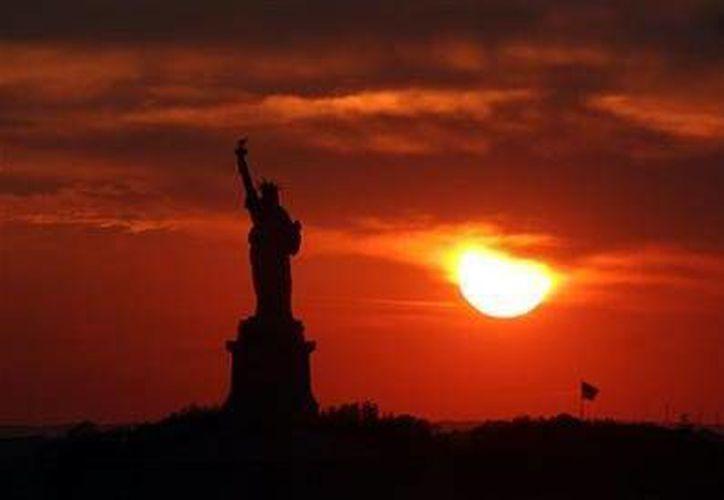 Los viajes a la Isla de la Libertad se reanudarán el domingo a las 9 de la mañana. (Agencias)