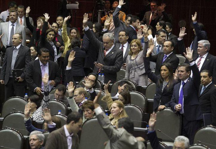 Los recursos serán destinados a proyectos en los estados de procedencia de los legisladores. (Archivo/Milenio)