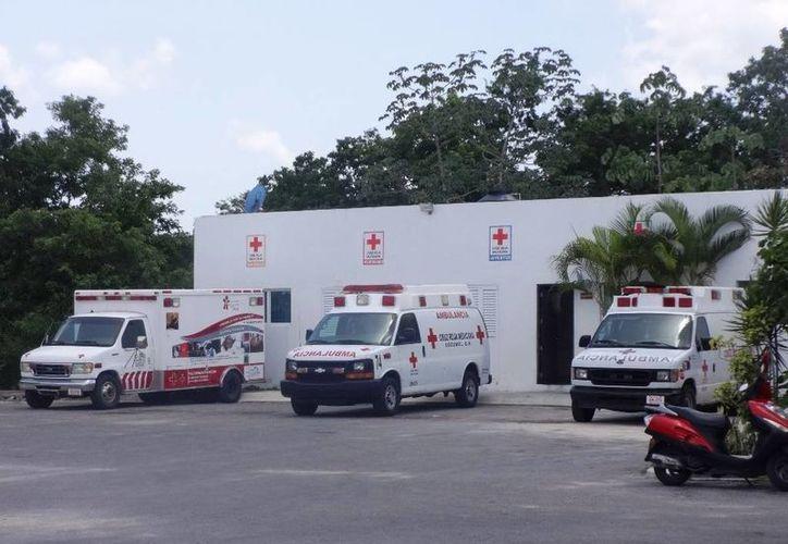 Actualmente la Cruz Roja delegación Cozumel cuenta con 3 ambulancias en operación. (Irving Canul/SIPSE)