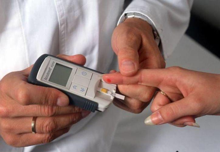 El Ayuntamiento de Othón P. Blanco realizó una campaña de prevención de la diabetes. (Ángel Castilla/SIPSE)