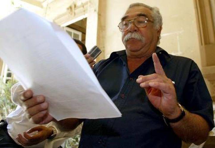 Un cáncer acabó con la vida del luchador social Raúl Álvarez Garín, que aquí aparece en una foto tomada en 2005. (jornada.unam.mx)