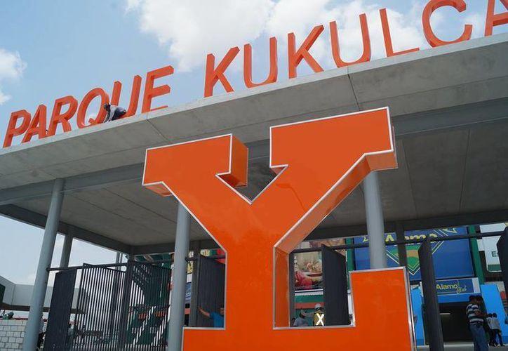 El nuevo Parque Kukulcán Álamo por fin será estrenado este domingo con el Tigres vs Leones. (Facebook: Leones)